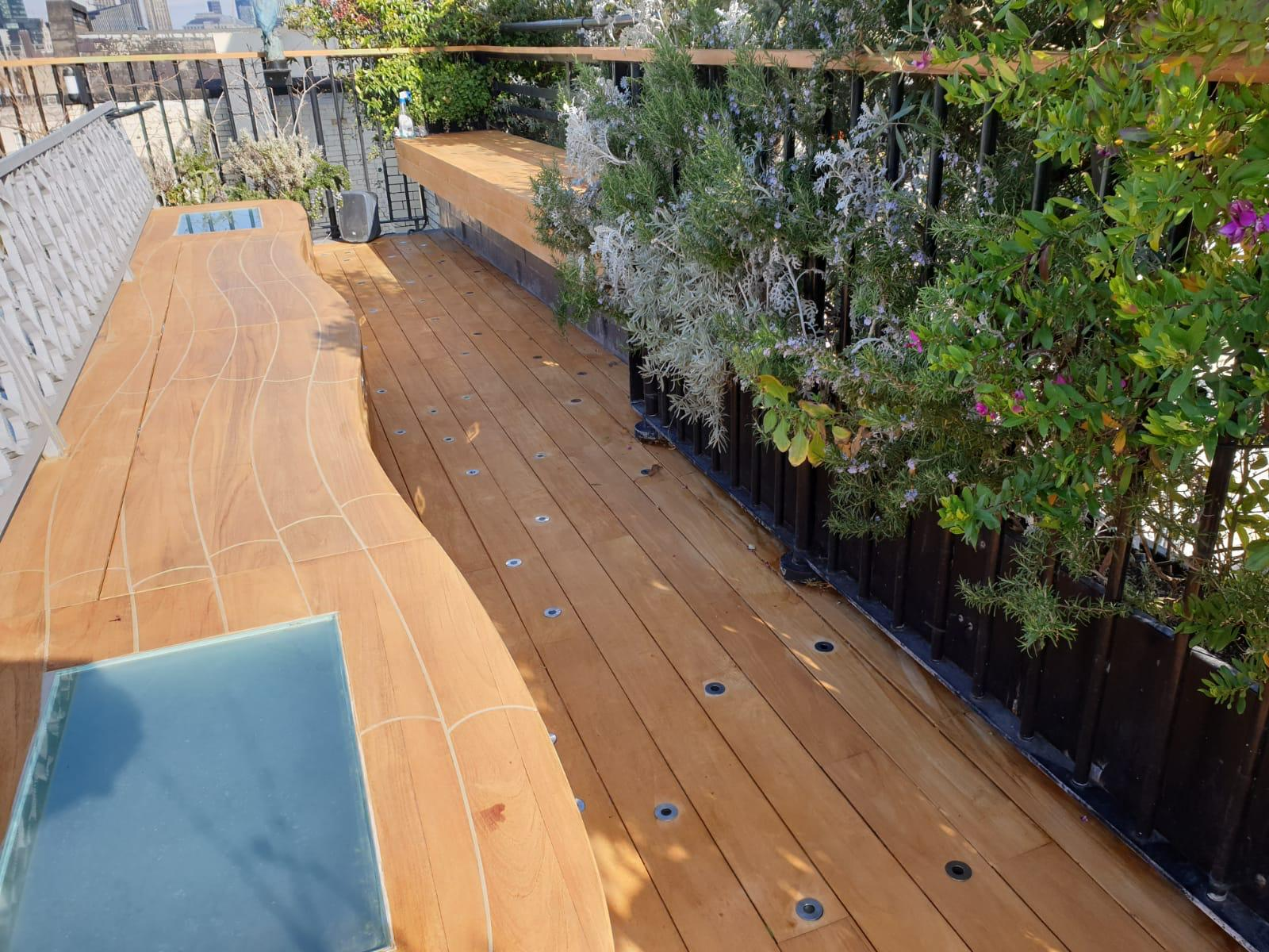 7 year old teak decking london